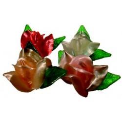 Décors sucre tiré 24 roses assorties et 48 feuilles