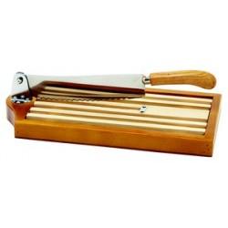 Couteau à pain avec ramasse-miettes lame inox crantée